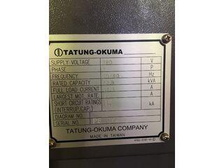 Esztergagép Okuma Genos L400-E-4