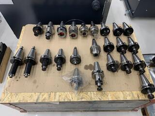 Werkzeugaufnahmen BT 50 Kiegészítők használt-1