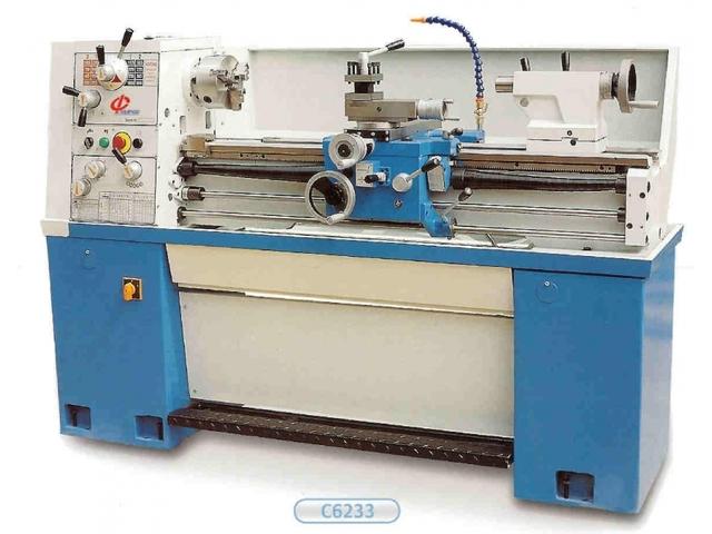 További képek ToRen C 6236 x 1000 hagyományos eszterga