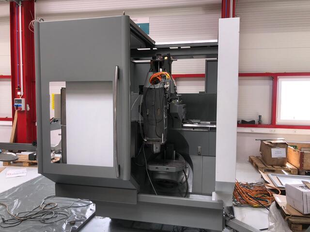 További képek Marógép DMG DMU 50 Evolution, Gyárt. é.  1999