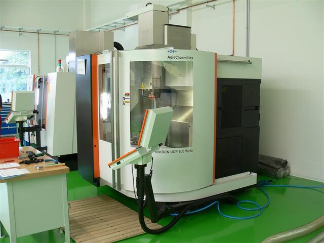 További képek Marógép Mikron UCP 600 Vario, Gyárt. é.  2011